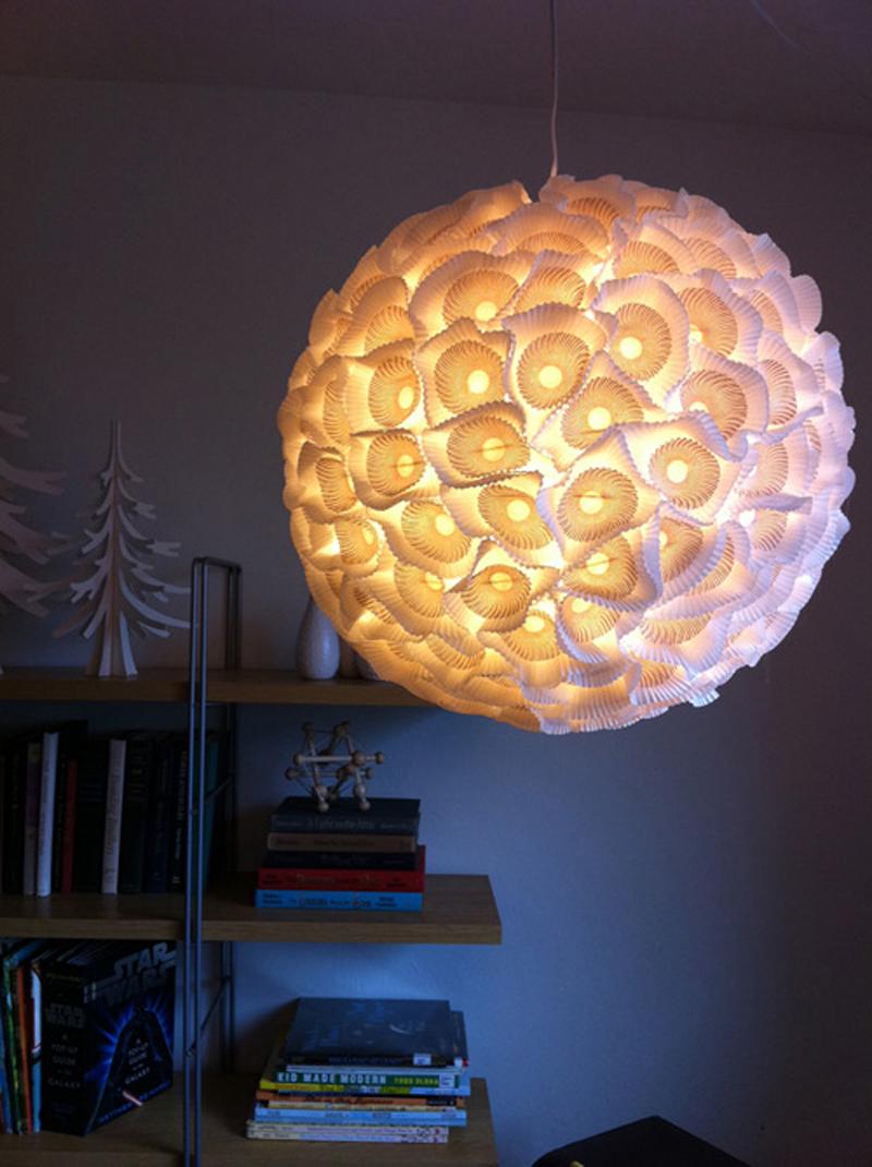 paper-cupcake-liners-lamp-04