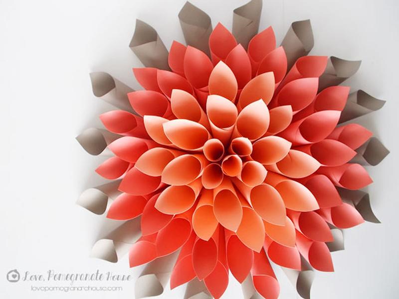 Цветы из цветной бумаги своими руками фото