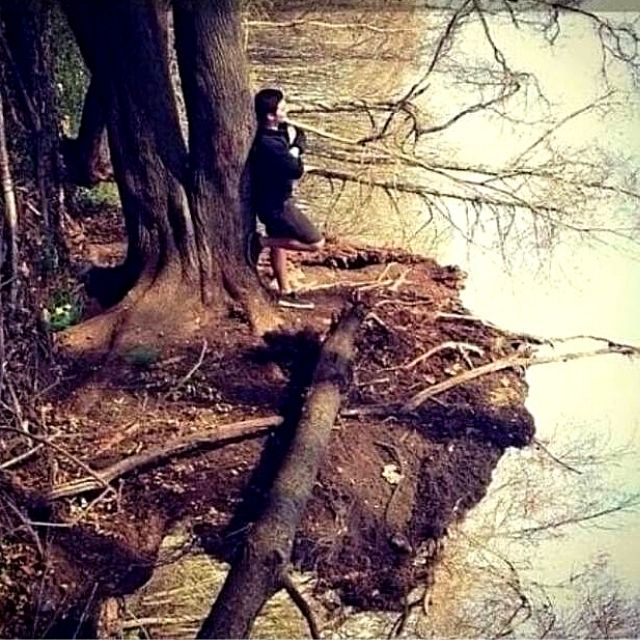 16 Tricky Photos with Phenomenal Perspective. Let's Turn the World Upside Down!