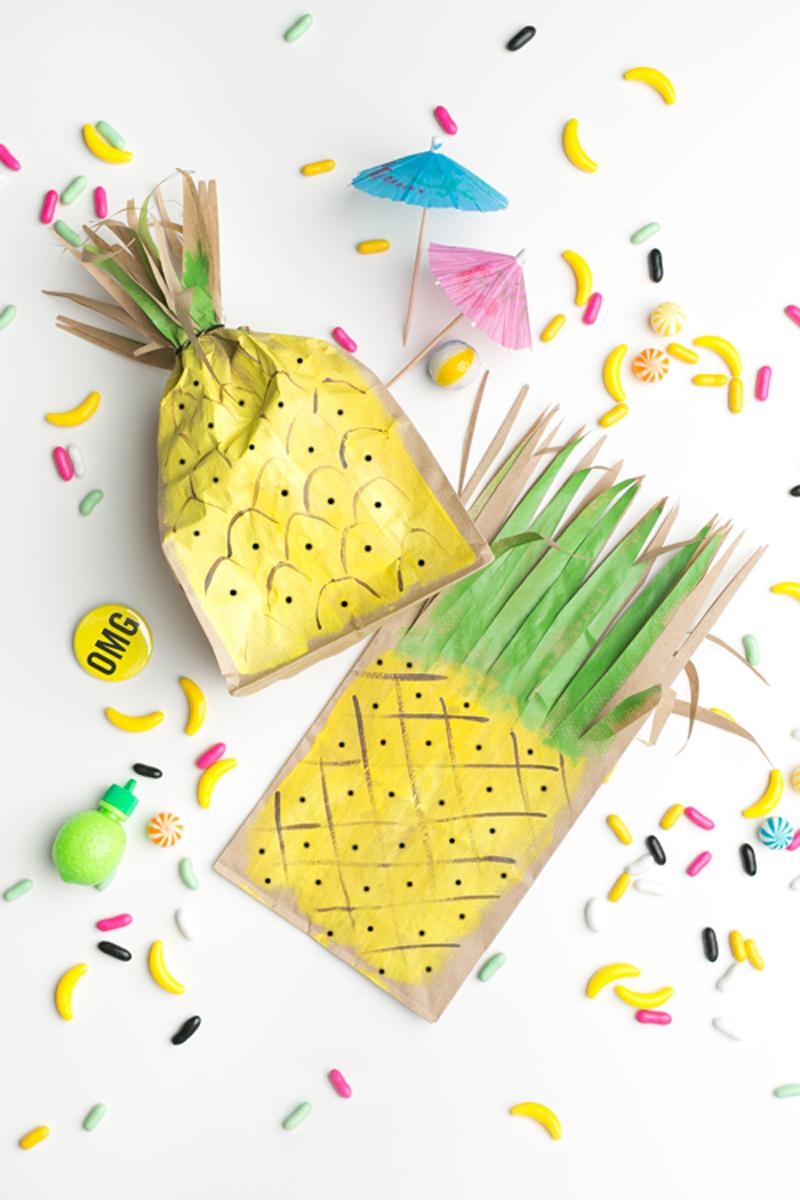 pineapple-favor-bags-04