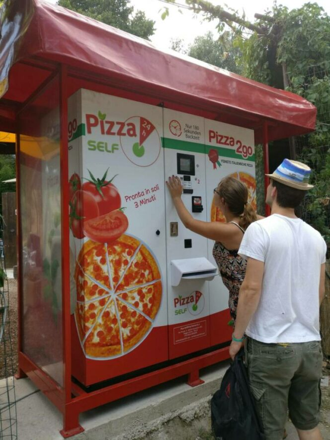 12 Innovations From Various Pizzerias That Should Be Common Anywhere Else. They Are Real Life-Savers!