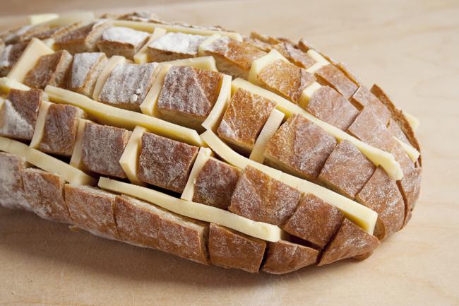 cheesy-pull-apart-bread-5