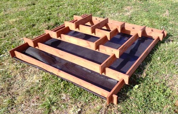 pyramid-garden-planter-01