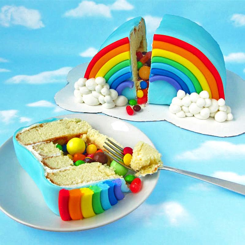 rainbow-pinata-cake-04