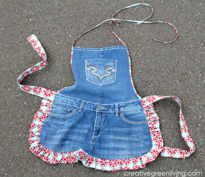 recycled jeans apron 03