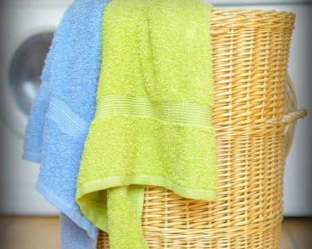 remove-smell-from-towels-fi
