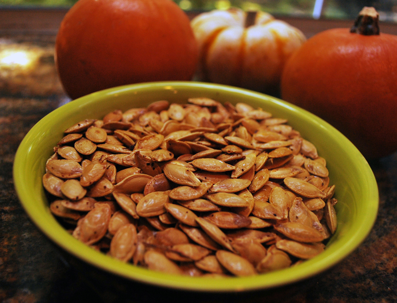 roasted-pumpkin-seeds-02