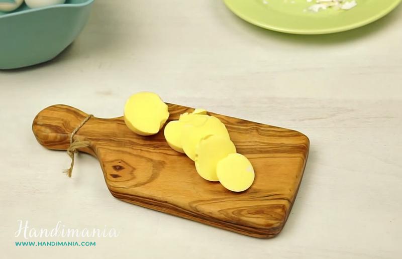 scrambled-and-hard-boiled-eggs-04