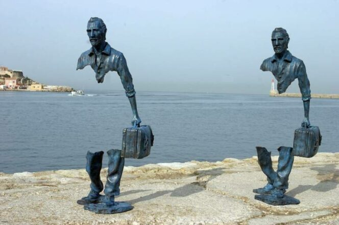 Art Out of Museums. 25 Spectacular Sculptures That Will Make Your Heart Beat Faster