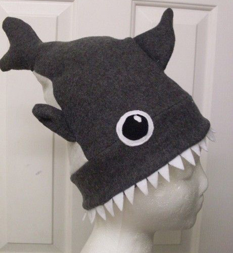 shark-attack-hat-fi
