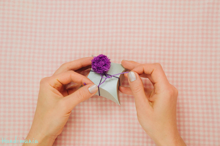 square-pillow-gift-box22