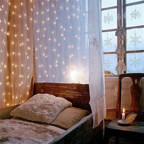 String Lights Ideas For Your Bedroom 04
