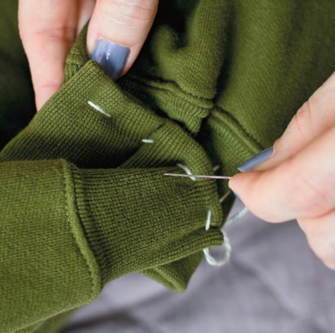 Sweatshirt Pet Bed 08