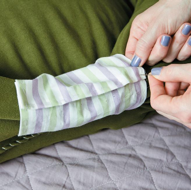 Sweatshirt Pet Bed 09