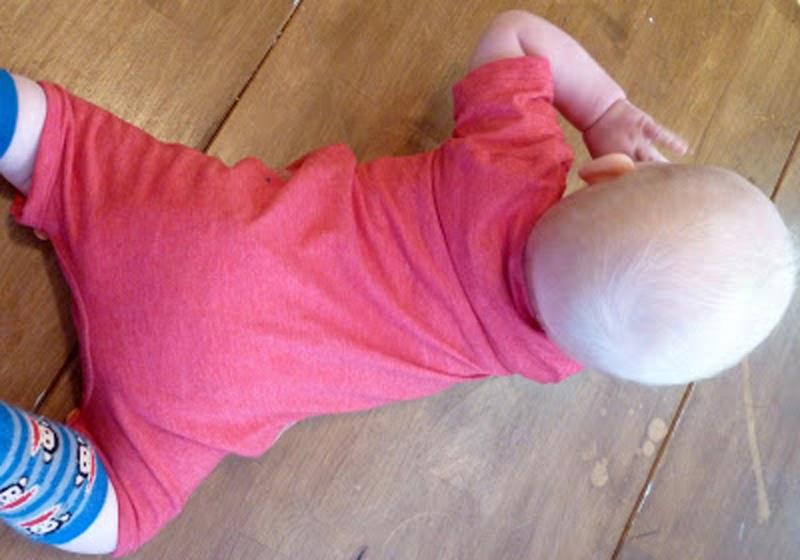 t-shirt-baby-shortall-04