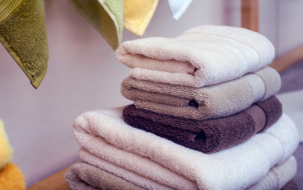 A DIY Way to Make Your Old Towels Soft and Fluffy. They Will Feel New Again!