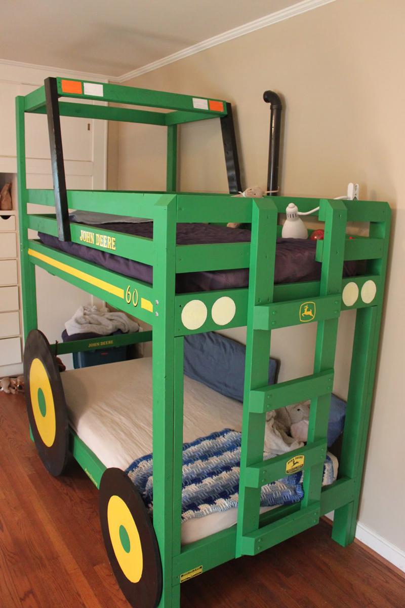 tractor-bunk-bed-02