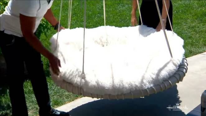 How to make trampoline swing
