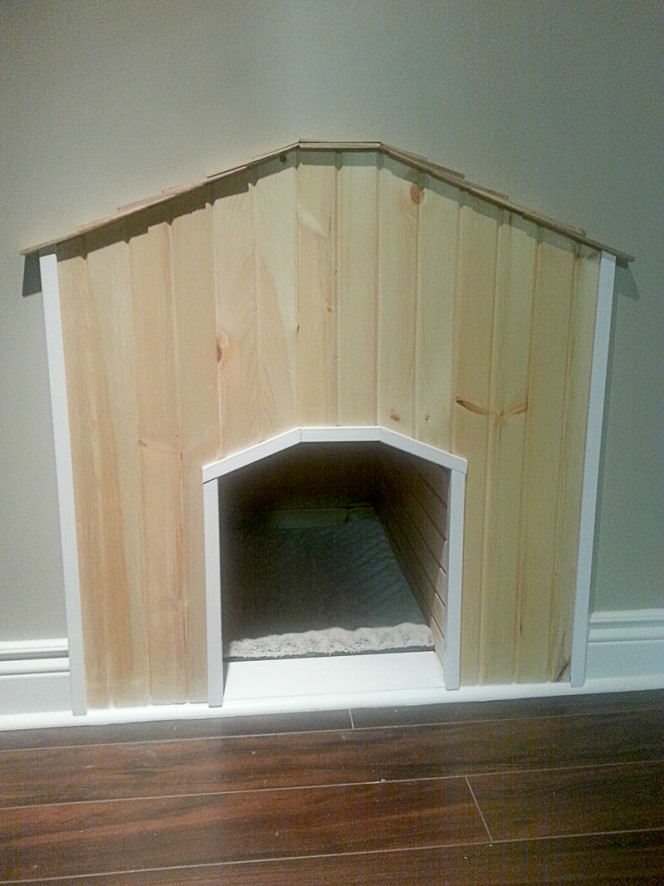 under-the-stairs-dog-house-03