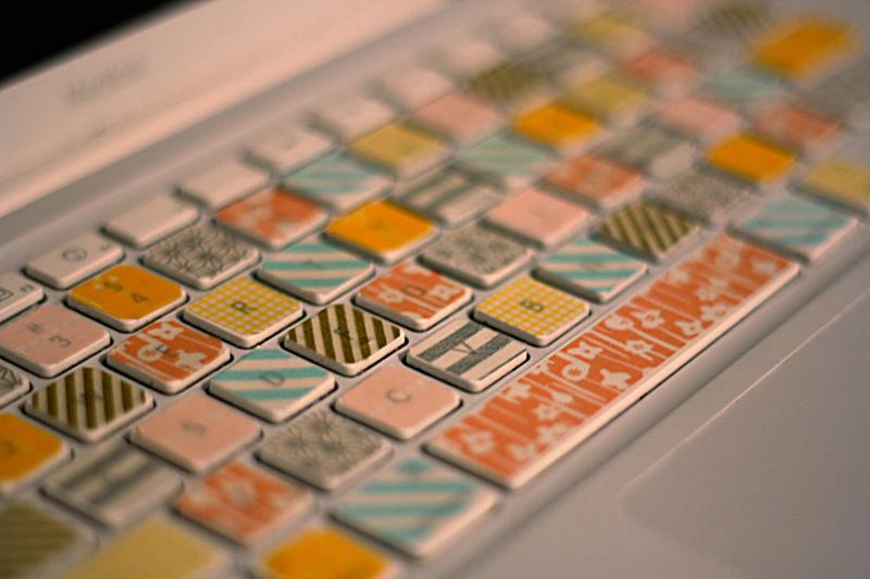 washi-tape-laptop-keyboard-03