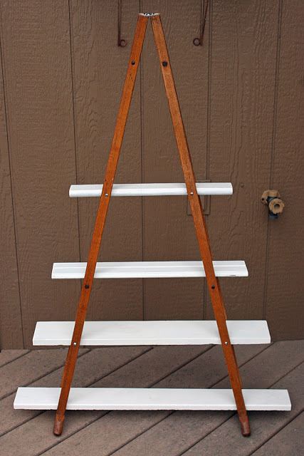 Wood Crutches Vintage Shelf - Process 02