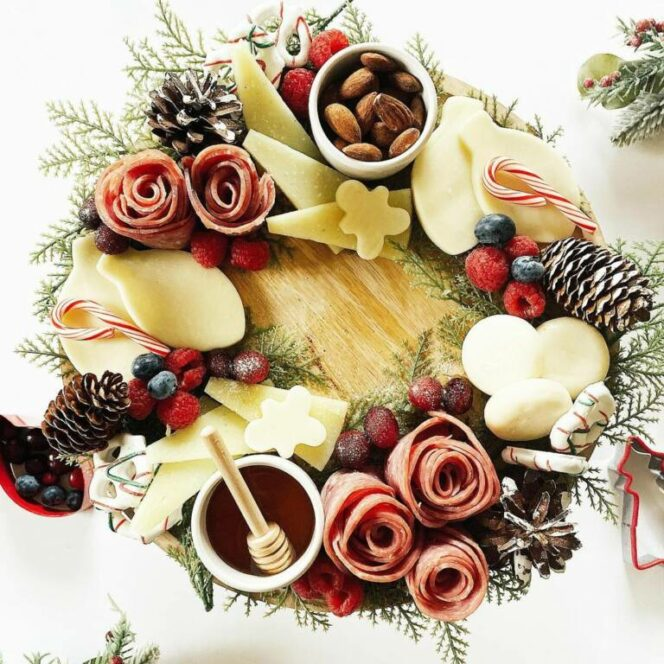 16 Amazing Christmas Wreaths of Appetizers. Perfect Idea for This Holiday!